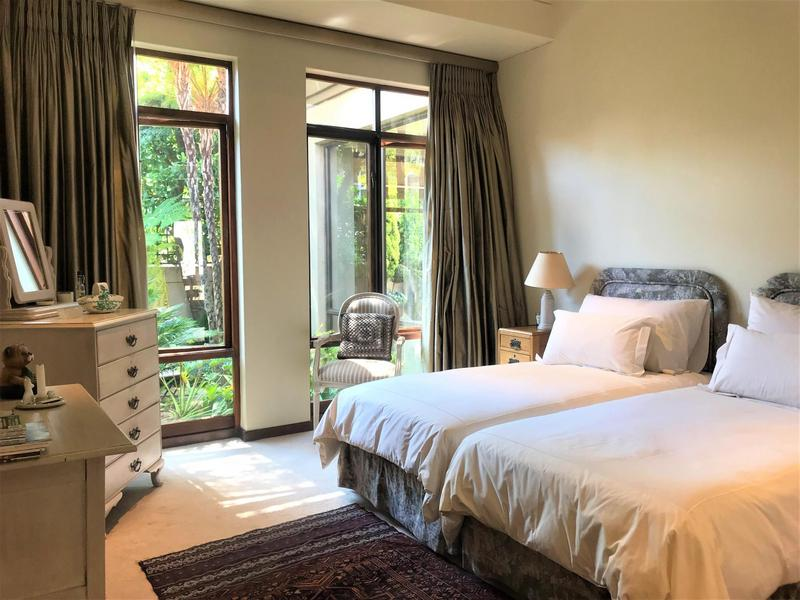 Property For Sale in Northcliff, Johannesburg 32