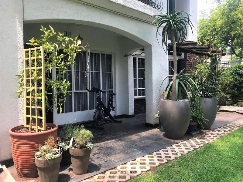 Property For Rent in Northcliff, Johannesburg 23