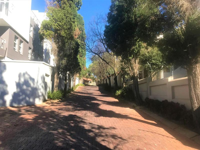 Property For Rent in Morningside, Sandton 25