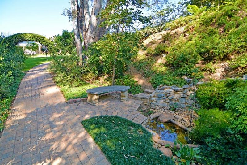 Property For Rent in Douglasdale, Sandton 16