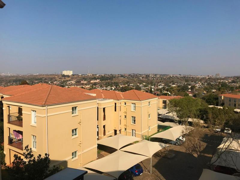 Property For Rent in Northcliff, Johannesburg 10