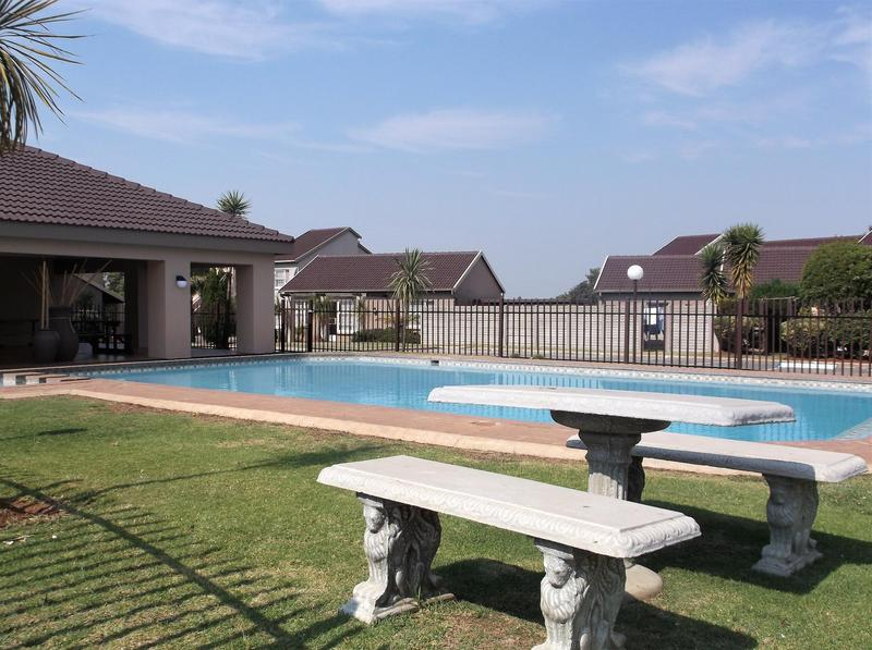 Property For Rent in Bonaero Park, Kempton Park 14