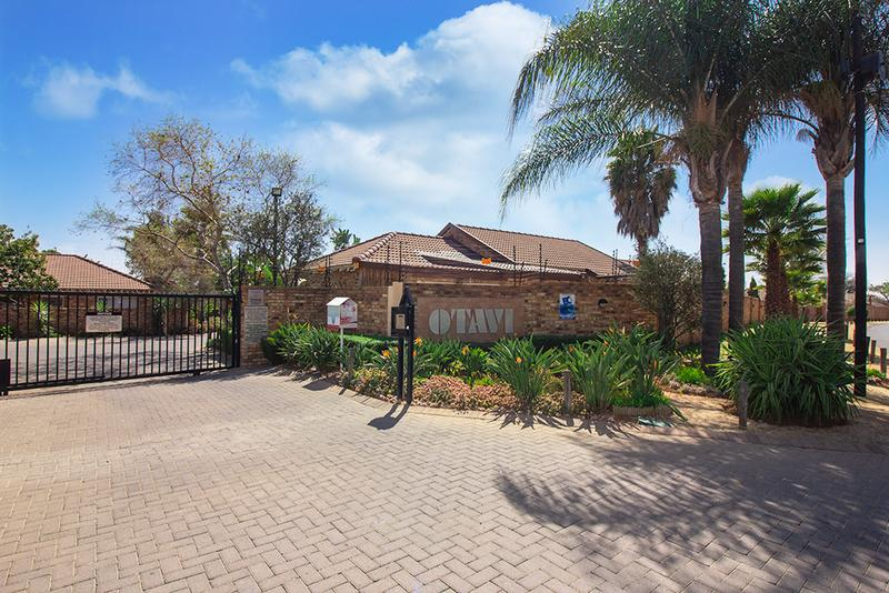 Property For Sale in Radiokop, Roodepoort 20