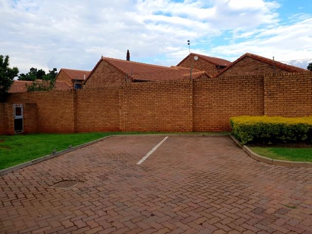 Property For Rent in Equestria, Pretoria 6