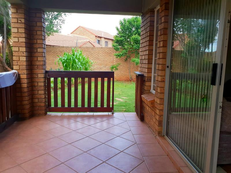 Property For Rent in Equestria, Pretoria 7