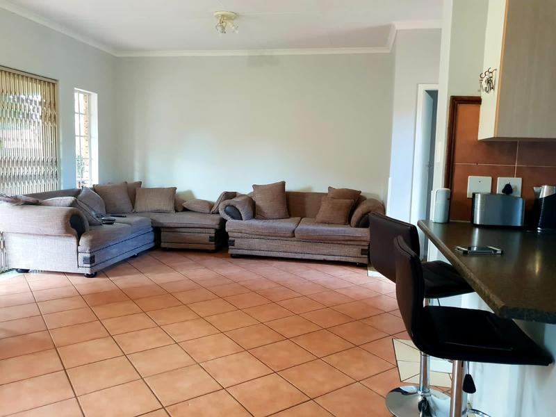 Property For Rent in Equestria, Pretoria 12