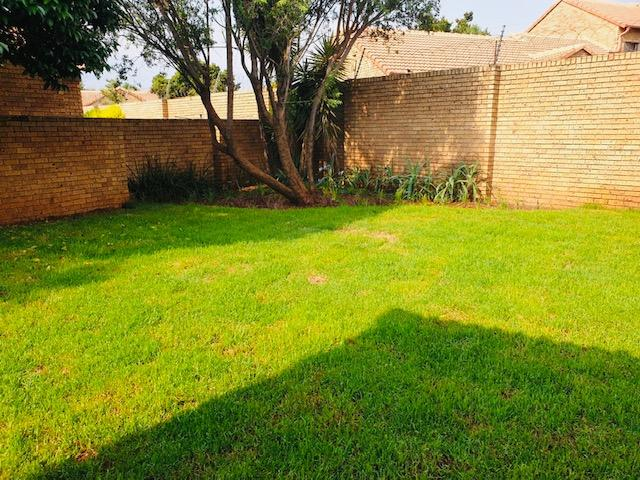 Property For Rent in Equestria, Pretoria 3