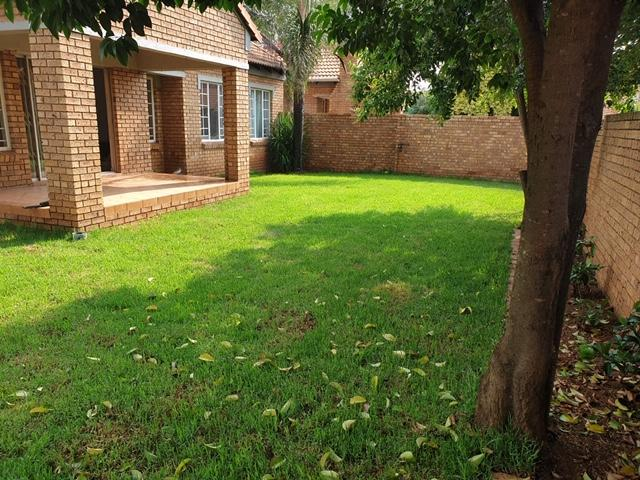 Property For Rent in Equestria, Pretoria 32