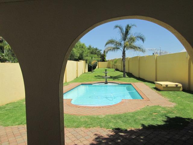 Property For Sale in Sundowner, Randburg 10