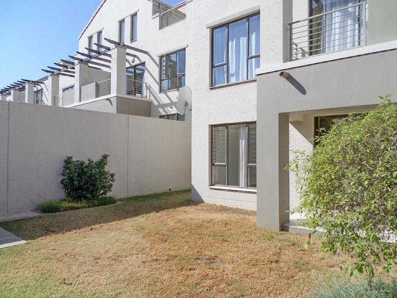 Property For Rent in Douglasdale, Sandton 3