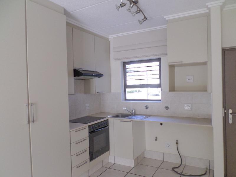 Property For Rent in Douglasdale, Sandton 7